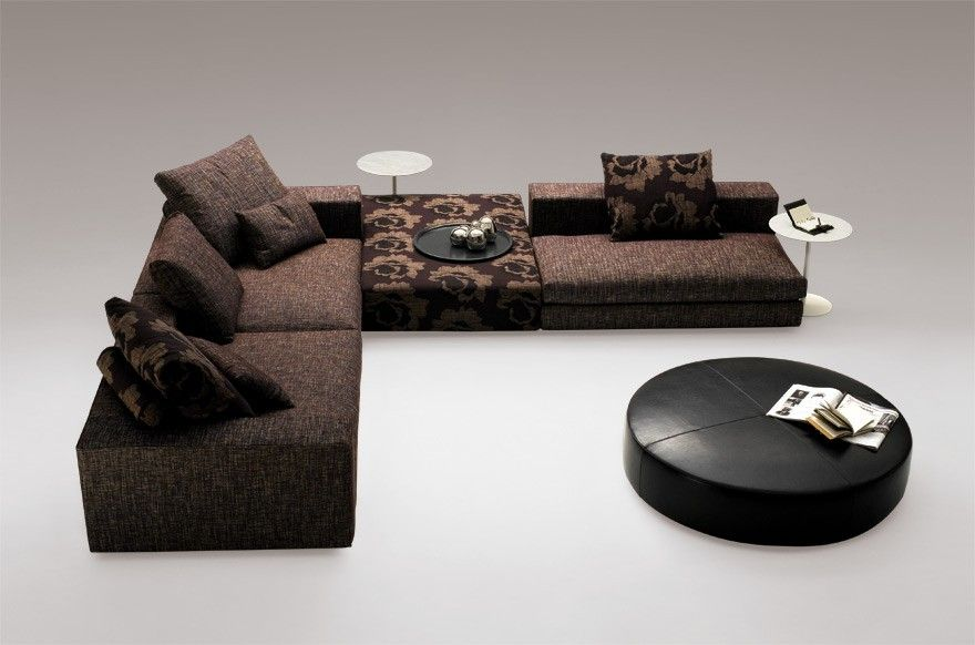 casa footstool configuration with a minimal and contemporary design