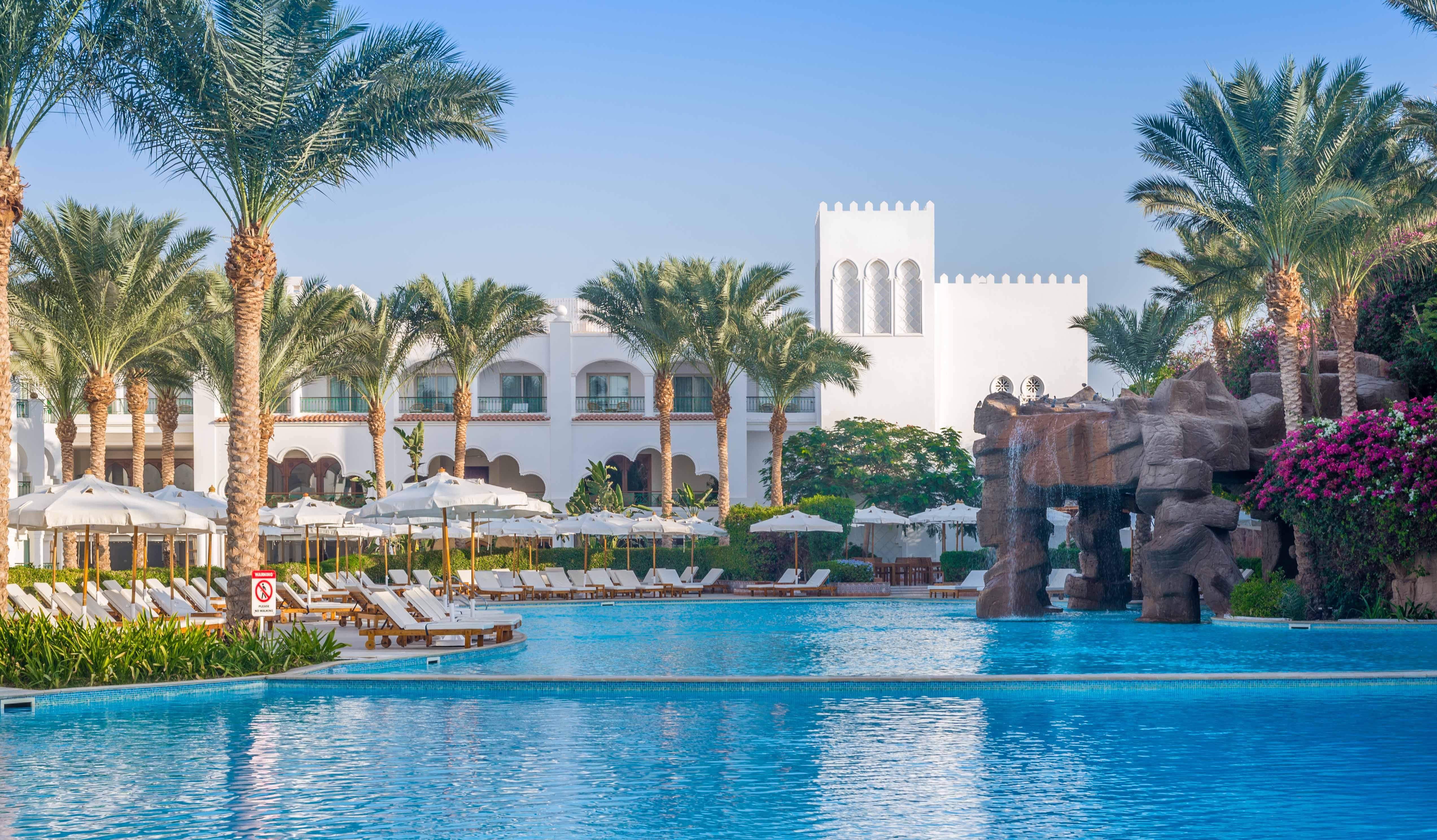 Египет, Шарм-эль-Шейх   47 000 р. на 8 дней с 13 августа 2015  Отель: Baron Palms 5*  Подробнее: http://naekvatoremsk.ru/tours/egipet-sharm-el-sheyh-188