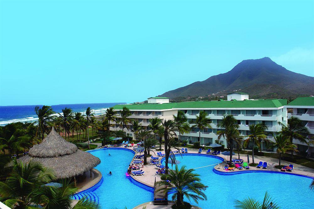 Hesperia Isla Margarita Playa El Agua Offers All Inclusive Resort Accommodation In The Playa El Agua Area Description From Luxury Hotel Hotel Beautiful Places