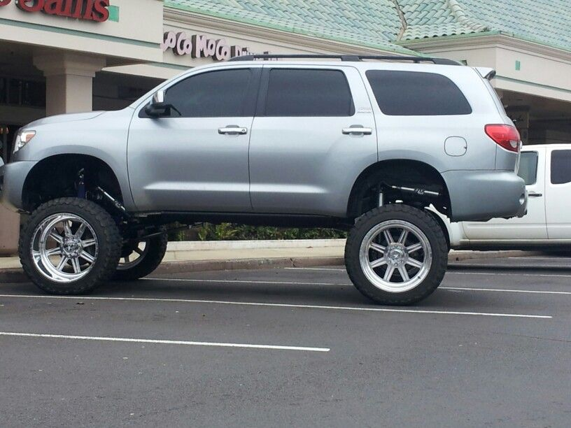 bad ass lifted toyota sequoia cars trucks and suvs pinterest toyota toyota 4x4 and cars. Black Bedroom Furniture Sets. Home Design Ideas