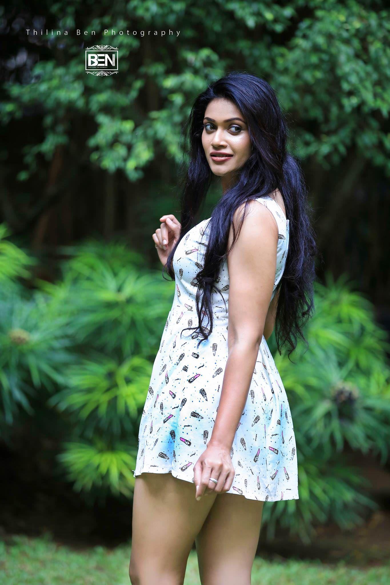 SRILANKA HOT GIRLS srilanka girls.Sri Lankan Girls