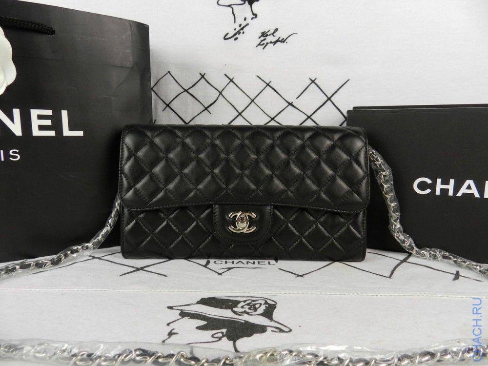 4af09512fe44 Клатч Chanel черный плоский на цепочке   Модные вещи   Pinterest ...