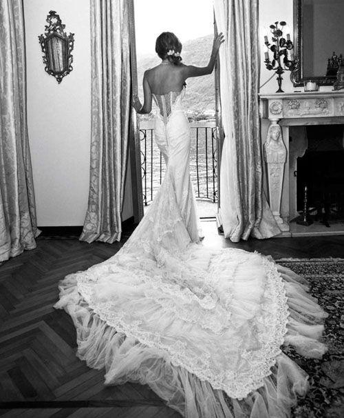 Wedding Blog Real Weddings Wedding Ideas Richard Branson Estate Lake Como Weddings Destination Wed Perfect Wedding Guide Lake Como Wedding Wedding Dresses