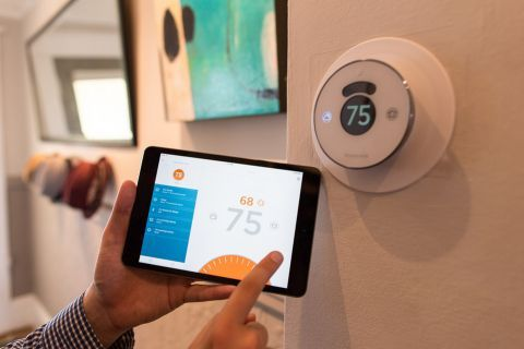 Is 2016 The Year Of Smart Heating Systems And Thermostats Smart Thermostats Home Thermostat Smart Wifi
