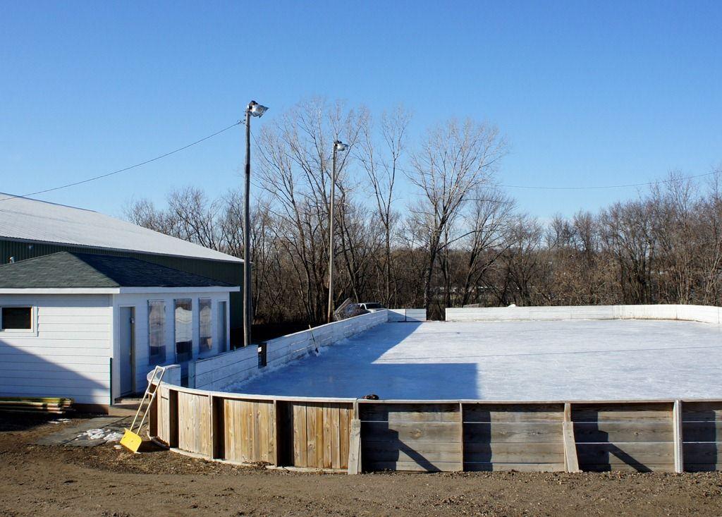 Neighborhood ice rinks in Minnesota Life in the 70s