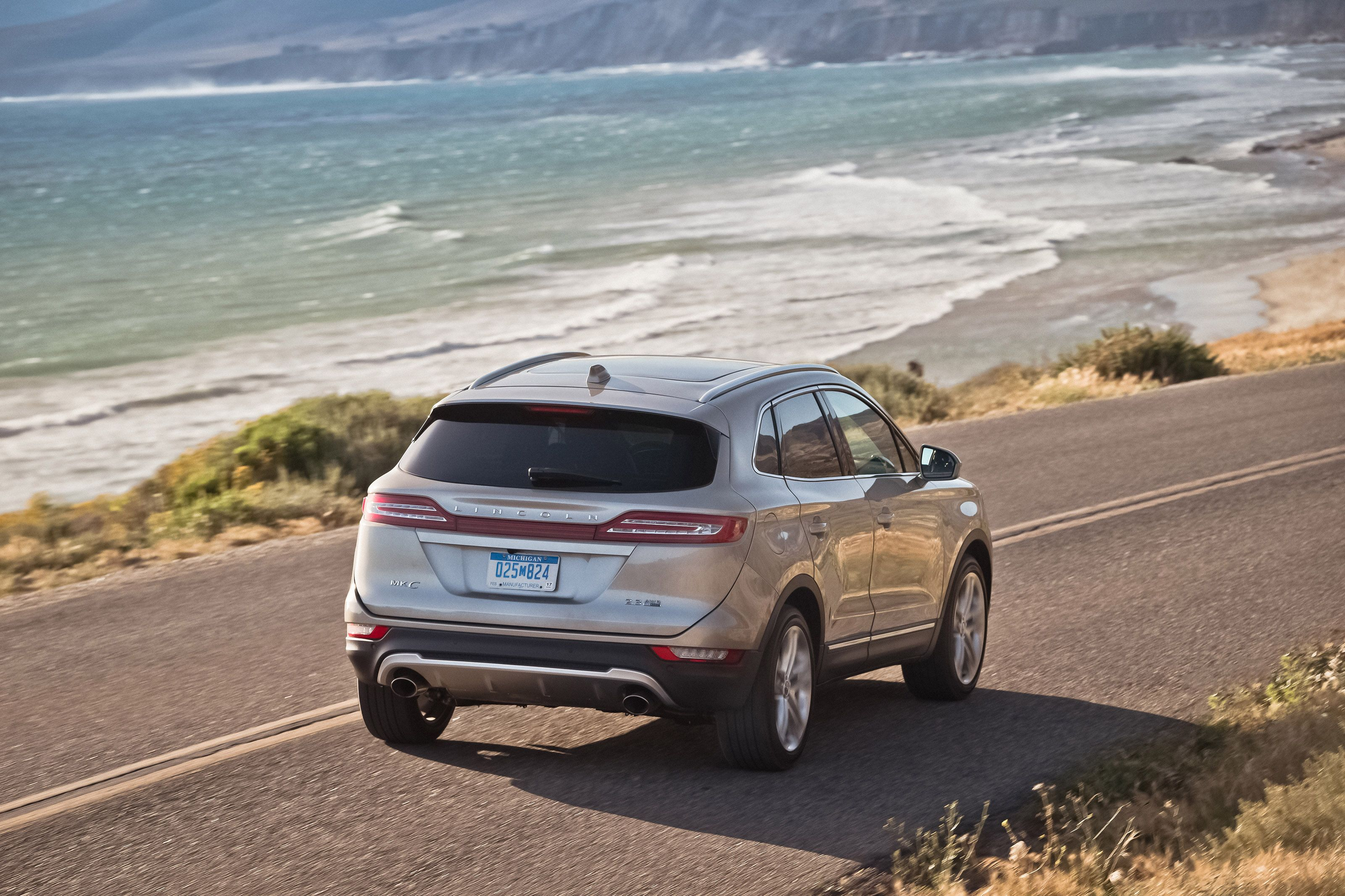 guide best crossovers new a crossover lincoln girls of cars year mkc the to