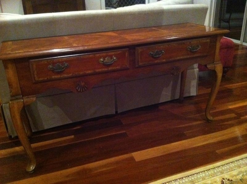 Console Hall Entry Table