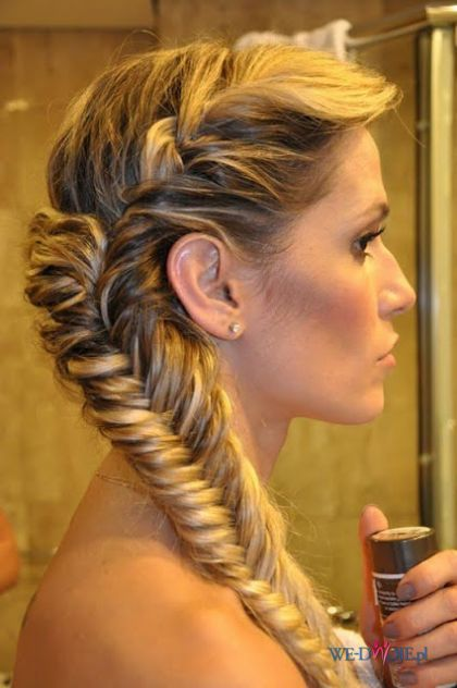 Asymetryczny Dobierany Warkocz Piękne Fryzurki Włosy I