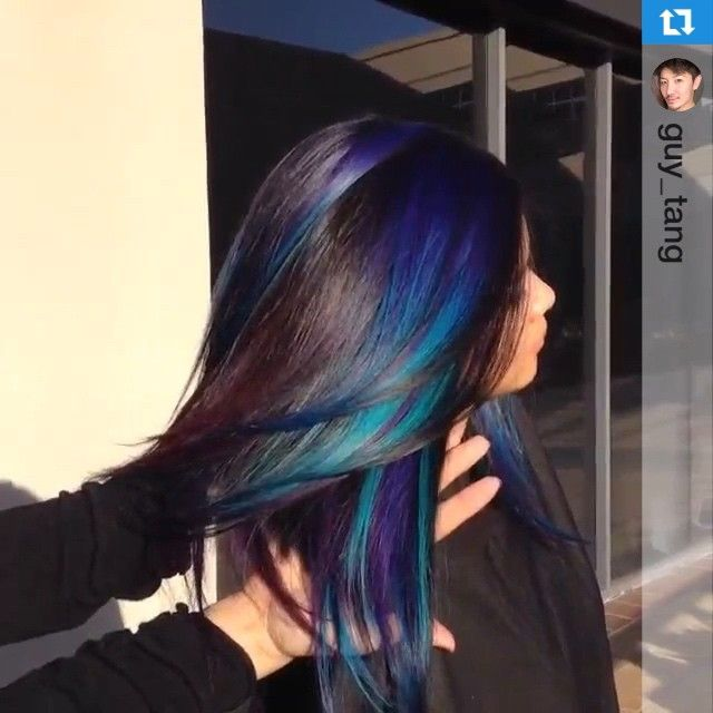 #flashbackfridays I did this over 2 years ago. Here's the formula: #goldwell #elumen tq@all, vv@all, bl@all. See the full video on my channel: Turquoise Blue Purple Hair Ombré Hair www.youtube.com/GuyTangHair #iamgoldwell #ff #guytang @goldwellkmsacademy