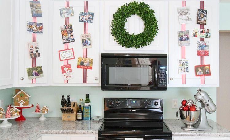 Kuche Dekorieren Weihnachtlich Kuchenschrank Idee Weihnachtskarten Fotos Bander Christmasdecoration Ki Christmas Kitchen Holiday Entertaining Christmas Cheer
