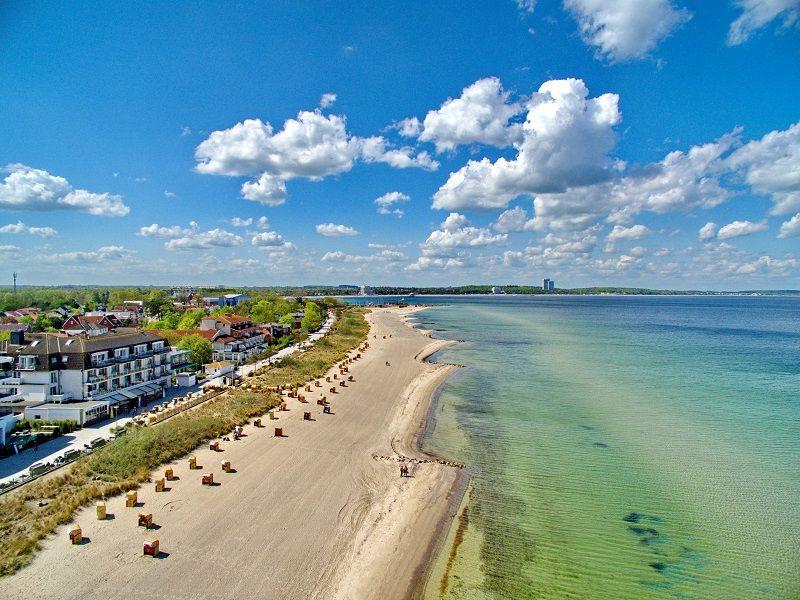 Das hotel mein strandhaus liegt in niendorf dem for Hotel direkt an der nordsee