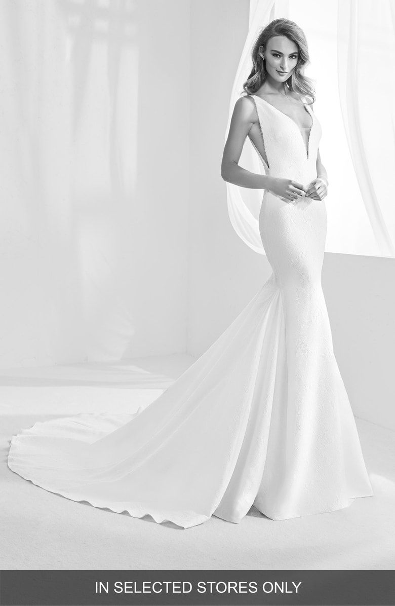 Free Shipping And Returns On Atelier Pronovias Racimo V Back Crepe Mermaid Gown At Nordstrom C Pronovias Wedding Dress Wedding Dresses Designer Wedding Dresses