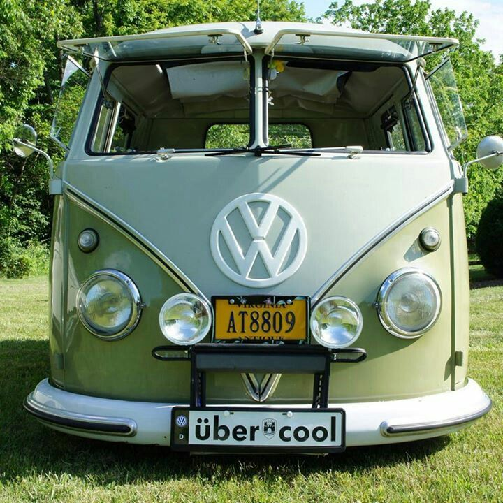 Love The Front Windows On This Bus With Images Vw Samba Bus