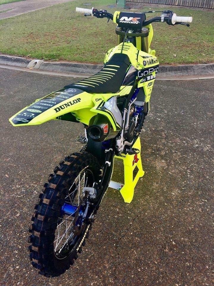 Shared By Motorcycle Clothing Two Up Bikes Www Twoupbikes Co Uk Motorcycleclothing Rayven Rayvenclothing Moto Motorcross Bike Yamaha Dirt Bikes Dirtbikes