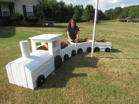 Wooden Train Garden Planter Made With Crates Video Tutorial ...
