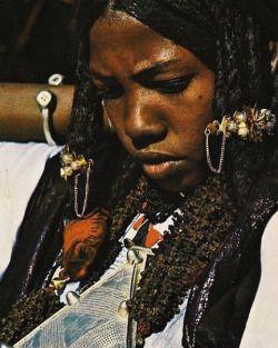 "awakonate: "" #Tuareg beauty adorned in silver, Niger, 1974   © of National…"