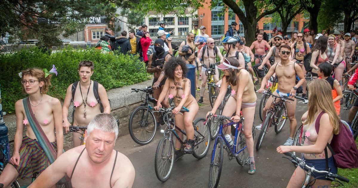 Nackt Rad Fahren - Porno Bilder und Fotos von Amateuren