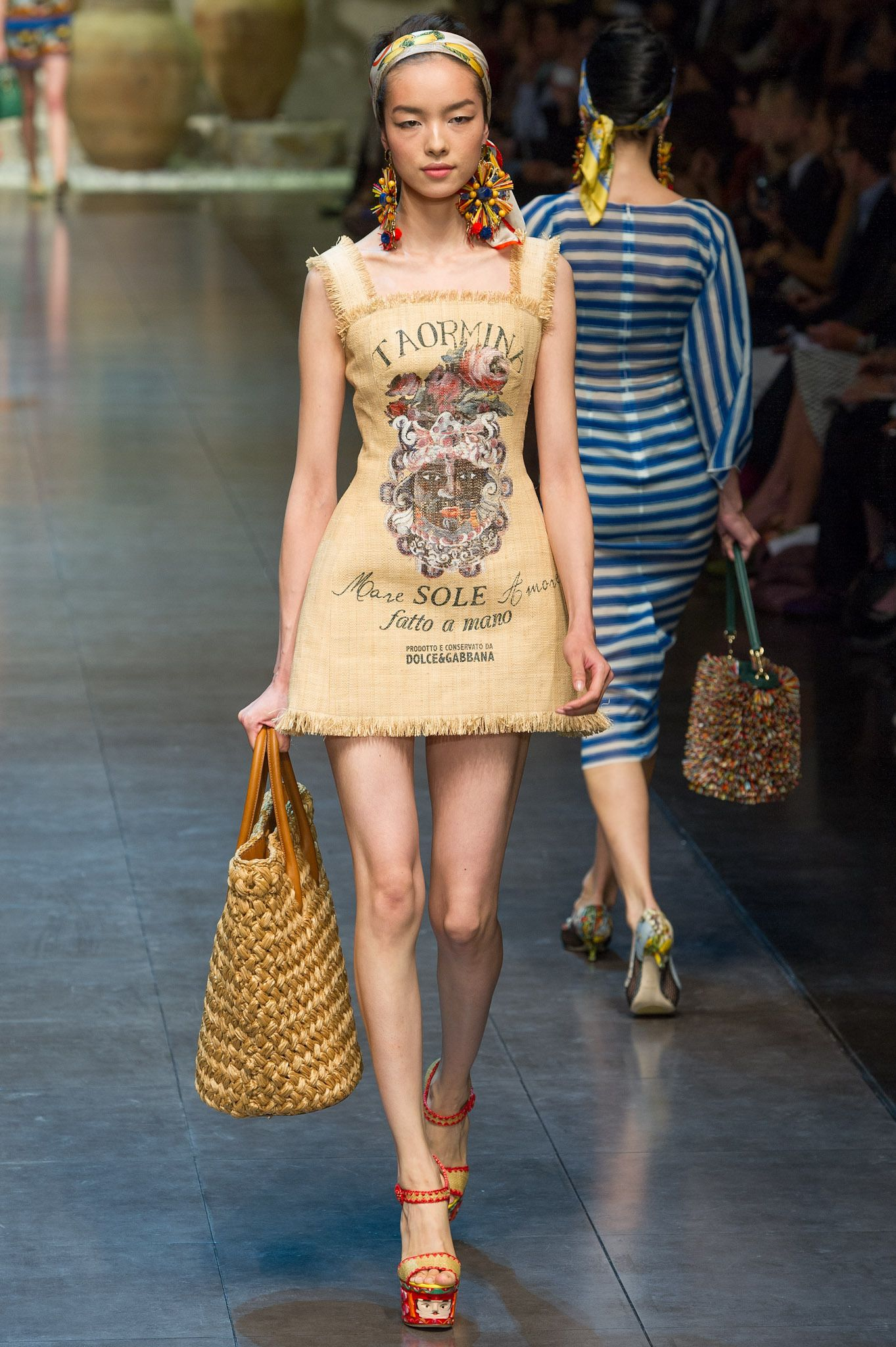 cabe9afe3992 Dolce   Gabbana Spring 2013 Ready-to-Wear Collection Slideshow on Style.com