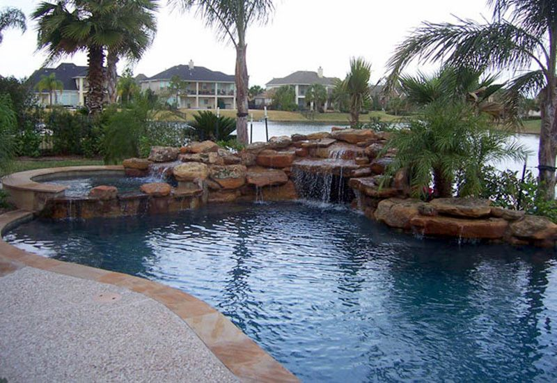 Custom pool builder serving greater houston u s pool for Pool builder quotes