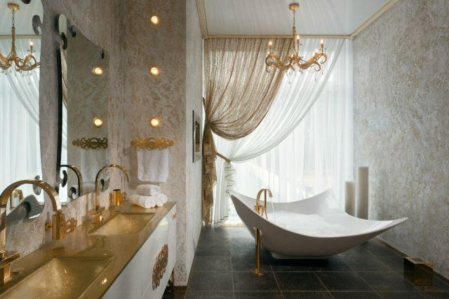 luxus ambiente badezimmer-einrichtung vorhänge-goldene wasserhähne