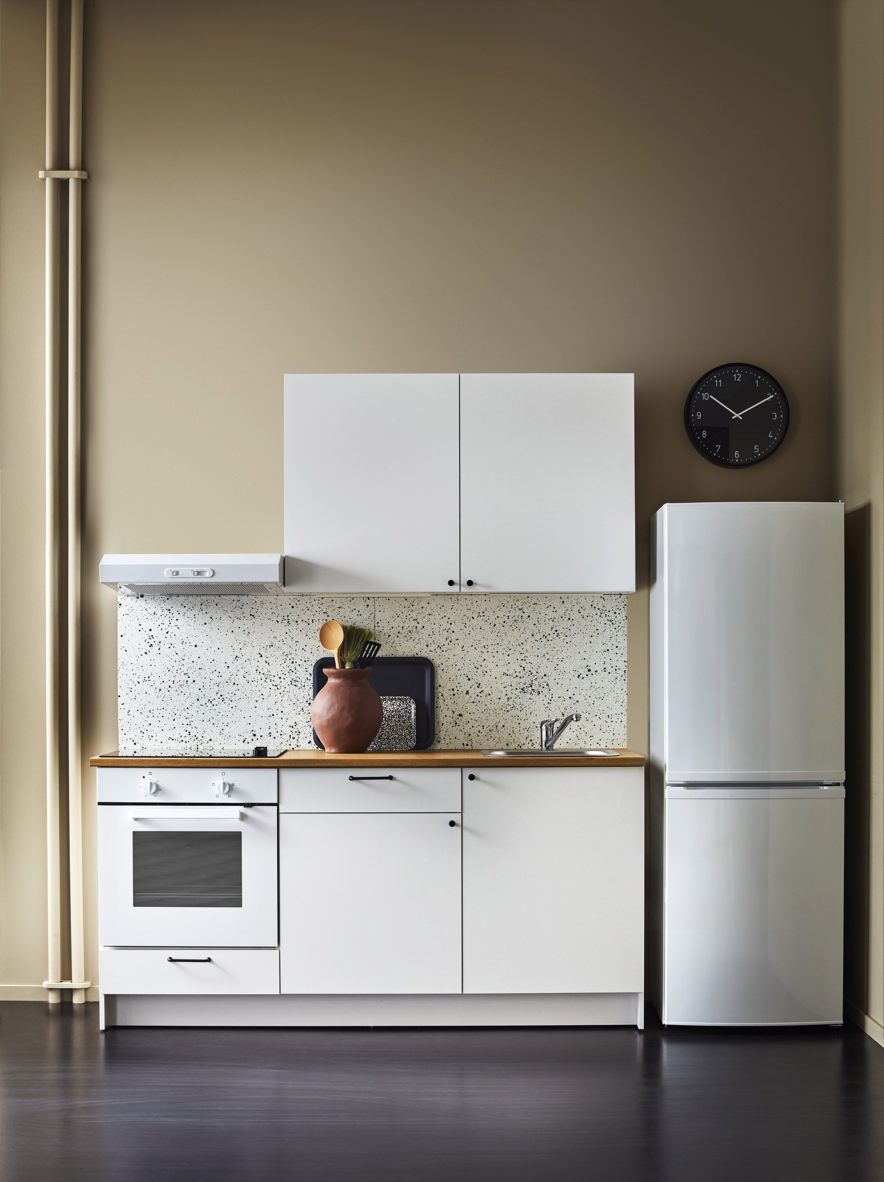 Knoxhult Keuken Wit In 2019 Kitchens Ikea Kitchen Kitchen Redo