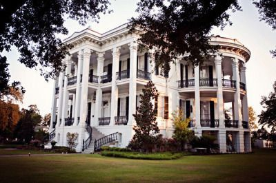 Pin on Houses White Southern Plantation Homes on red brick southern plantation homes, colonial southern plantation homes, creepy southern plantation homes, small southern plantation homes,
