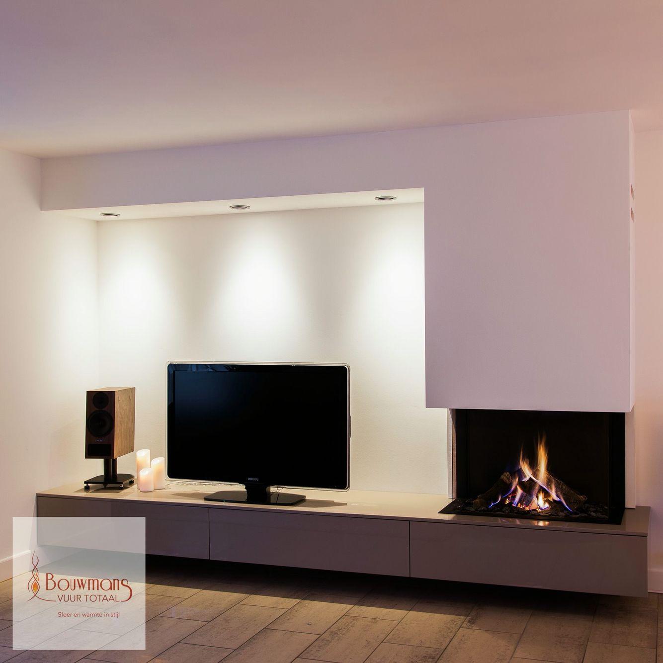 Pin di giulio galeotti su idee per la casa pinterest - Muebles de salon con chimenea integrada ...