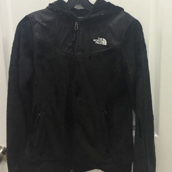 The North Face jacket size small This fleece north face hooded jacket is in excellent used condition size small. The North Face Tops Sweatshirts & Hoodies
