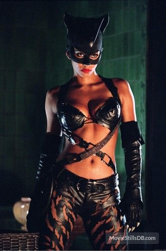 Catwoman Publicity Still Of Halle Berry Catwoman 2004