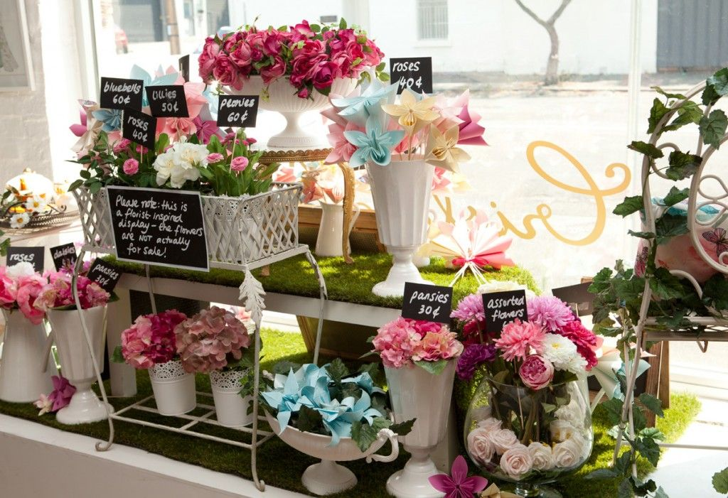 Flower Shop Mother S Day Window Display Google Search Florist
