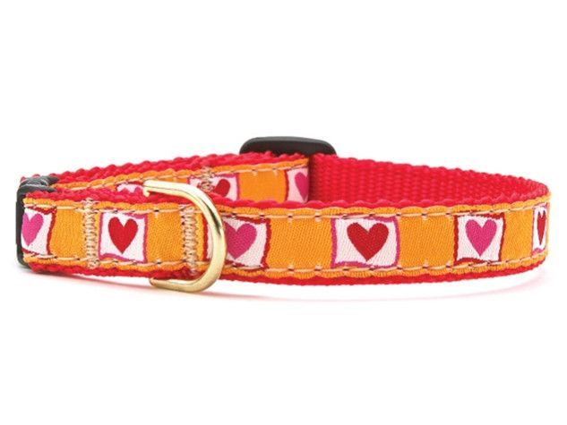 Up Country Hot Hearts Cat Collar