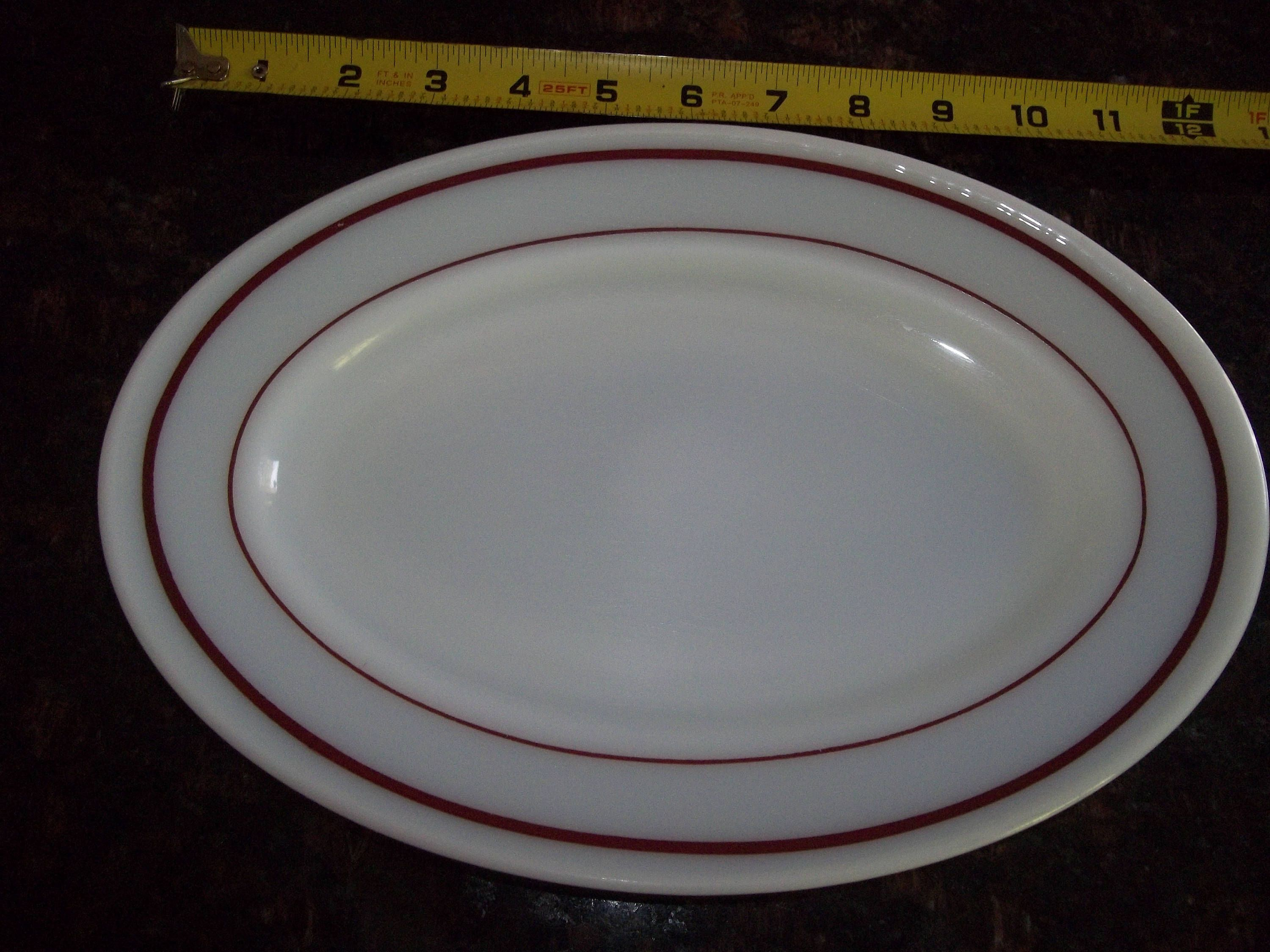 4 Pyrex Tableware12\  Oval Dinner Plate White with Ruby Rim by PyrexKitchen on Etsy & 4 Pyrex Tableware12\