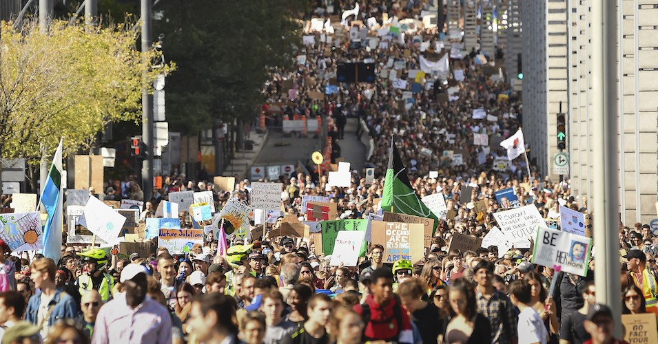 With Over 6 Million People Worldwide Climate Strikes Largest Coordinated Global Uprising Since Iraq War Protests Common Dreams News L Iraq War Climates Iraq