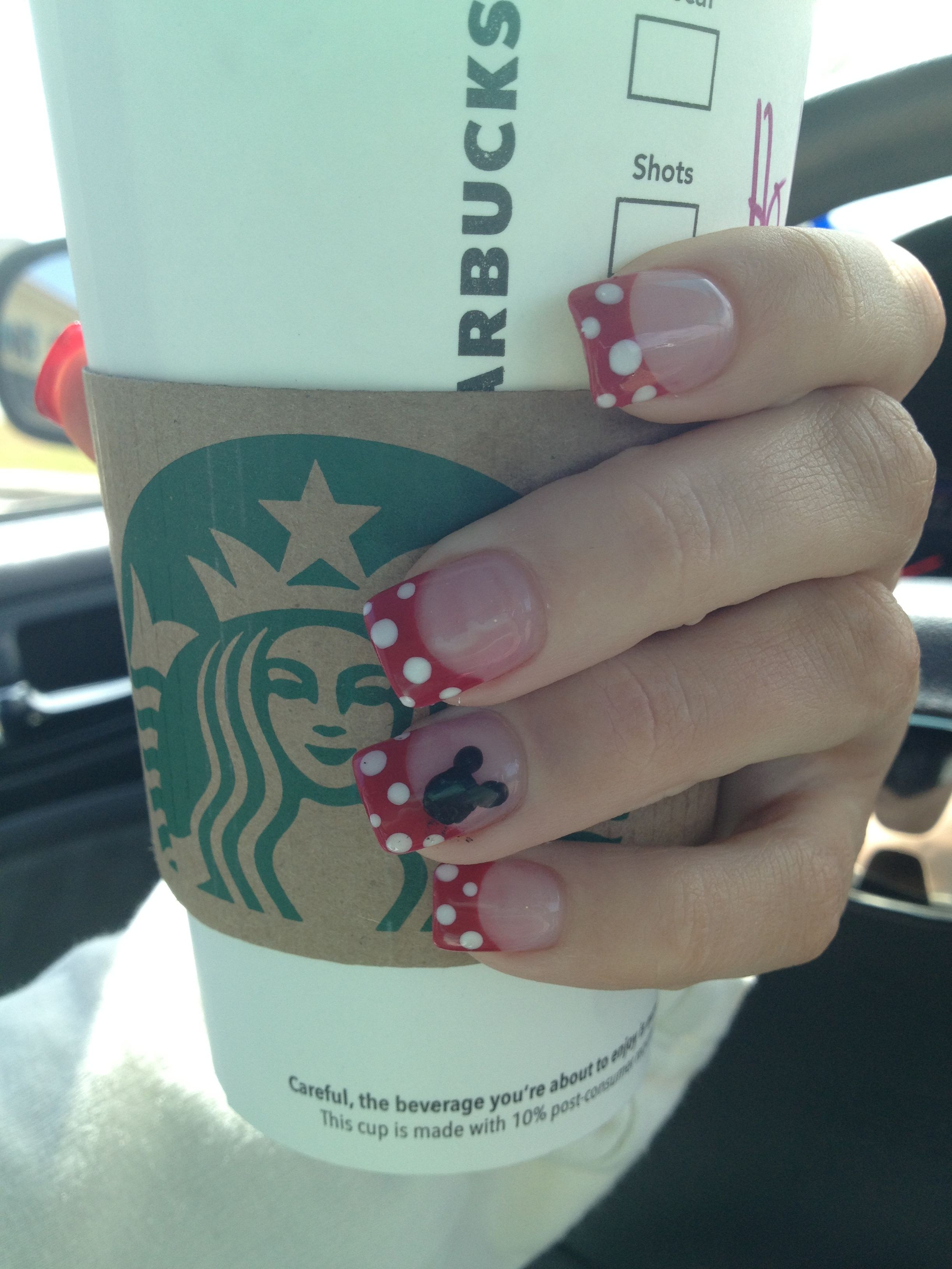 Minnie Mouse - Disney nails | Nails | Pinterest | Uñas cortas, Lo ...