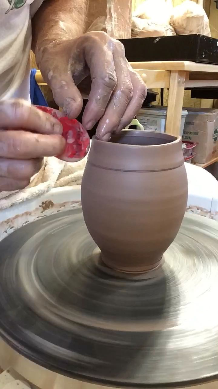 Wheelthrown mug #potterytechniques