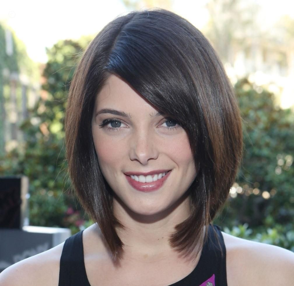 Ashley green long bob cut with blunt ends hairstyle short hair i