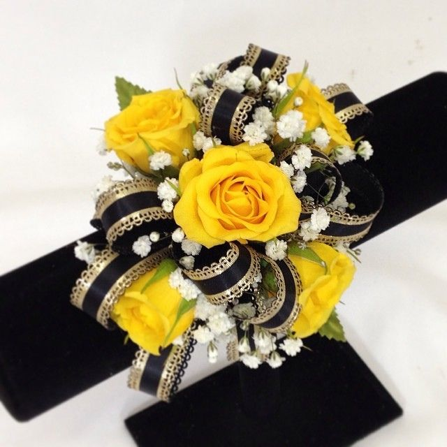 Love The Gorgeous Yellow Roses In This Wrist Corsage And They