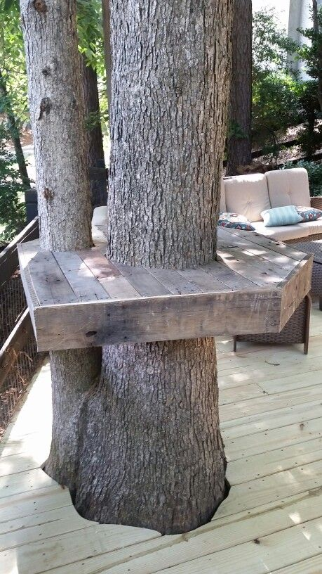 Pallet Tree Bar Using A Couple Of Old Pallets I Tore Down