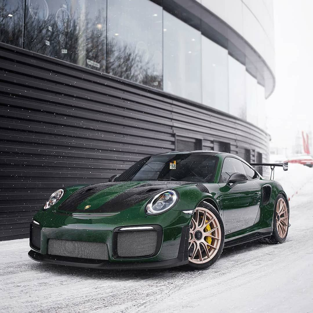 P O R S C H E U N I V E R S E On Instagram What A Great Shoot By Ivanorlov And Beautiful Spec For This Weiss British Racing Green Porsche 911 Targa Porsche