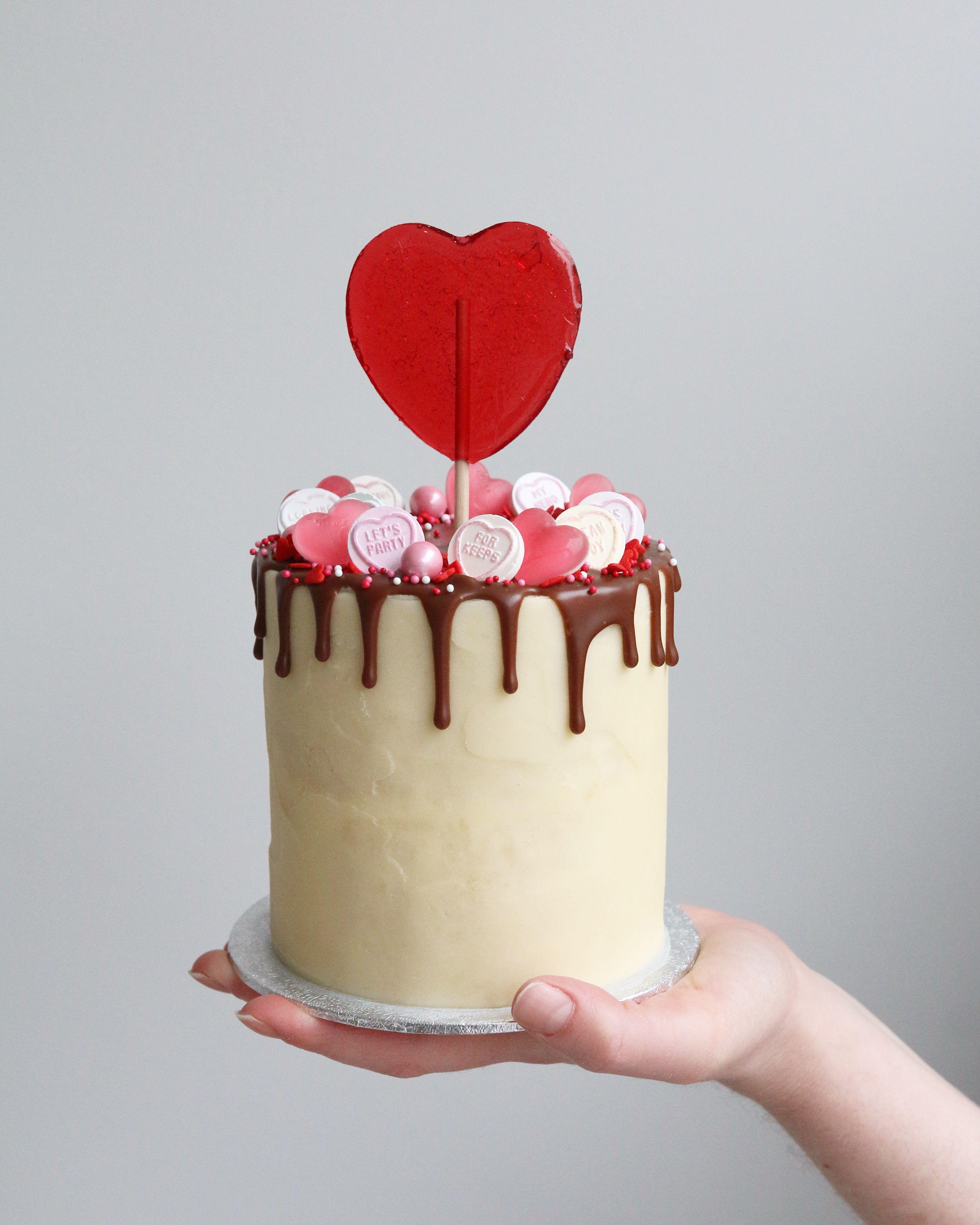 Mini Valentine's Sweetie Drip Cake | Drip cakes, Mini valentine cakes, Valentines day cakes