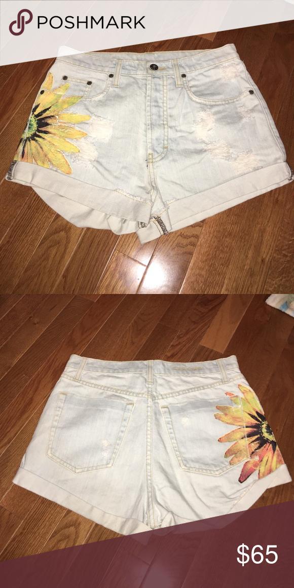 b21942c457 LF carmar sunflower shorts super cute light wash jean shorts. sunflower on  the side and back. LF Shorts Jean Shorts