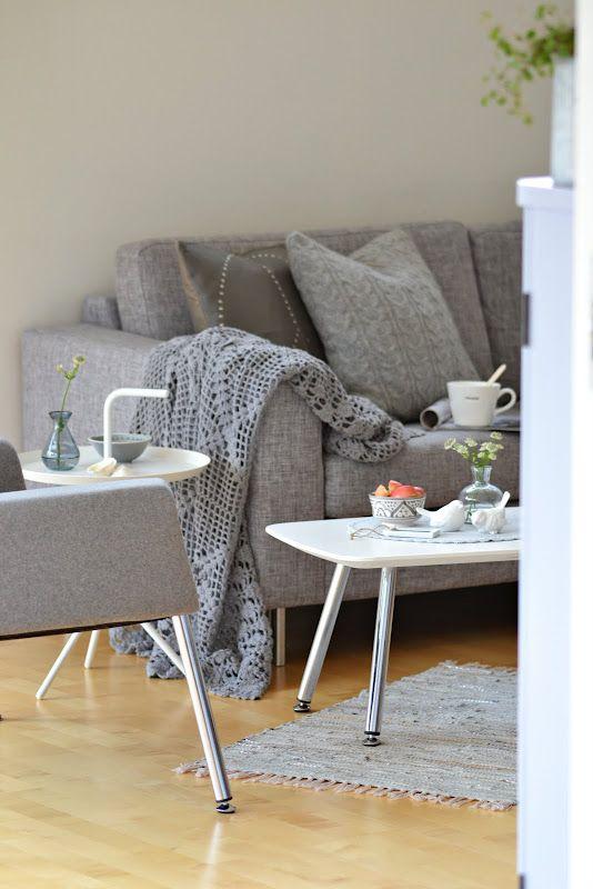Grey Sofa   My Goodness Looks So Comfy!