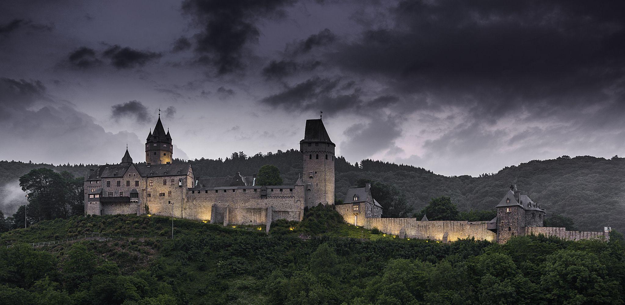 castle by Michael Barkowski on 500px