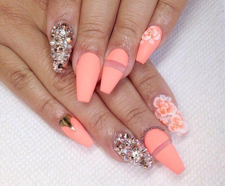 Pin de Michelle Lopez en Nails | Pinterest | Uñas decorada, Uñas ...