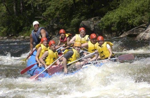 Deerfield River Massachusetts Class III White Water Rapids | Class 3 River Rapids in Western Mass