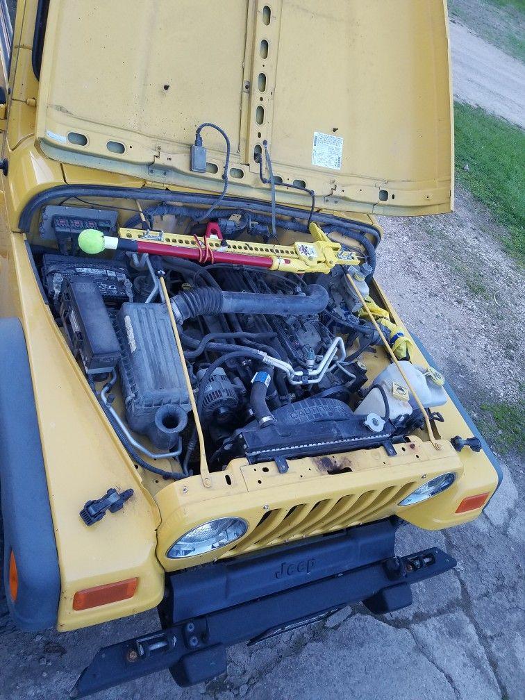 Hi Lift Jack Under Hood 2006 Jeep Wrangler Jeep Wrangler Fire