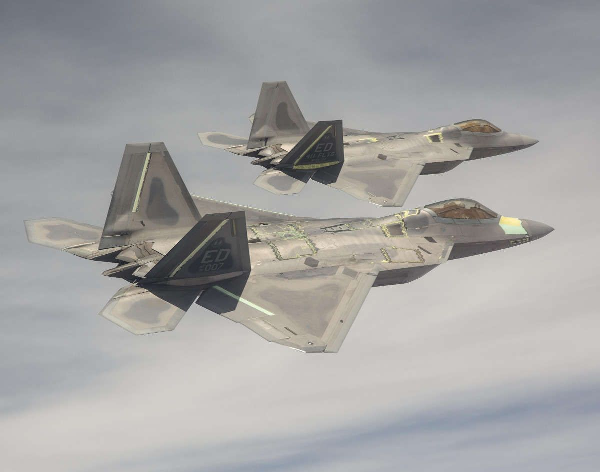 Photo of F-22 Raptors Have Intercepted Russian Su-35s Near Alaska For the First Time