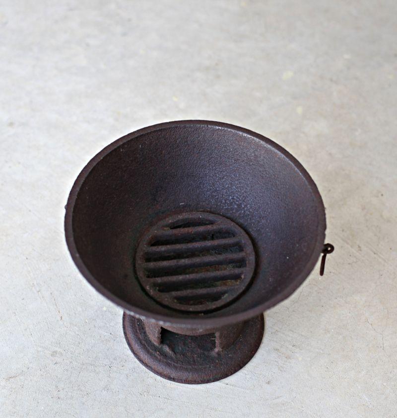 Kummati Aduppu | Cooking stove, Toy kitchen, Grandmothers kitchen