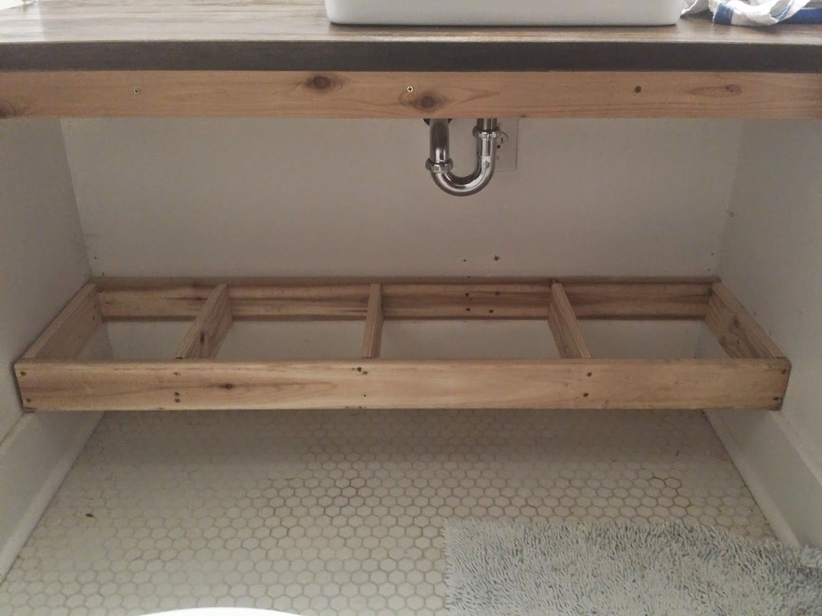 Building a floating bathroom vanity - How To Built The Conservatory Vanity If We Recess The Top Supports We Can Hang Diy Bathroom