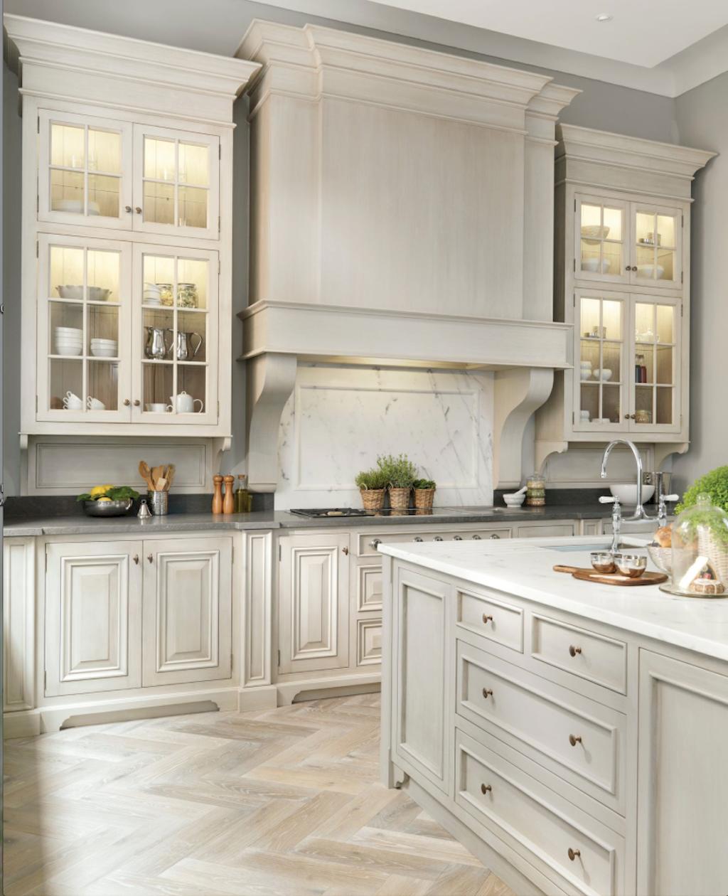 Low Budget Kitchen Cabinets: Gorgeous Best Off White Kitchen Cabinets Design Ideas